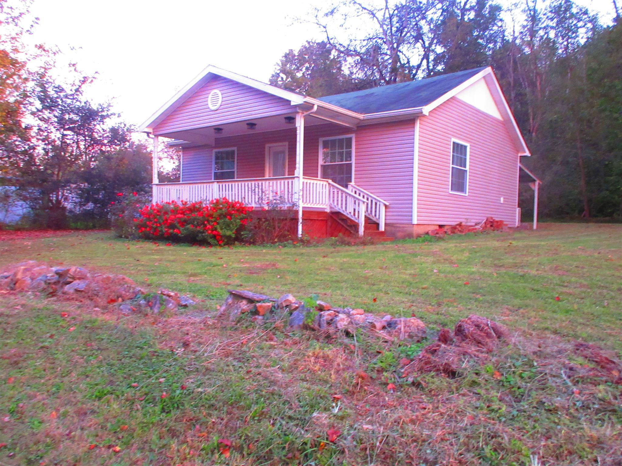 Photo of 117 Copeland St  Waynesboro  TN