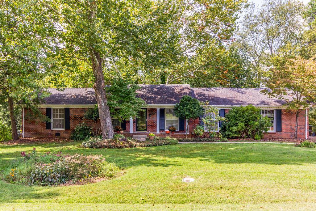 Photo of 102 Newcastle Dr  Franklin  TN
