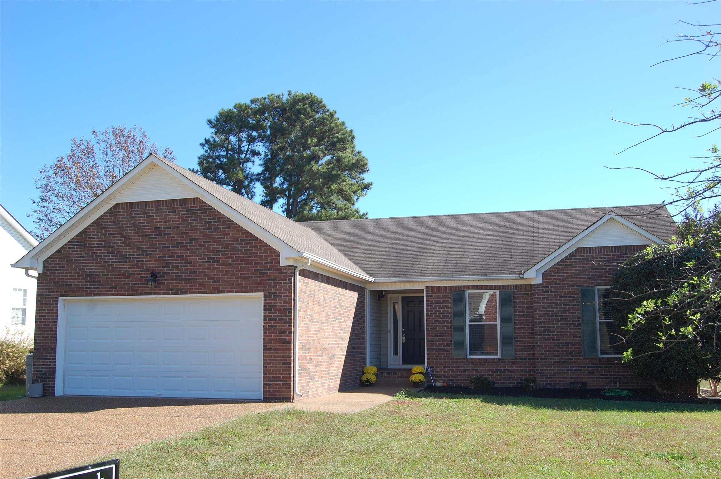 Photo of 2927 Augusta Trace Dr  Spring Hill  TN