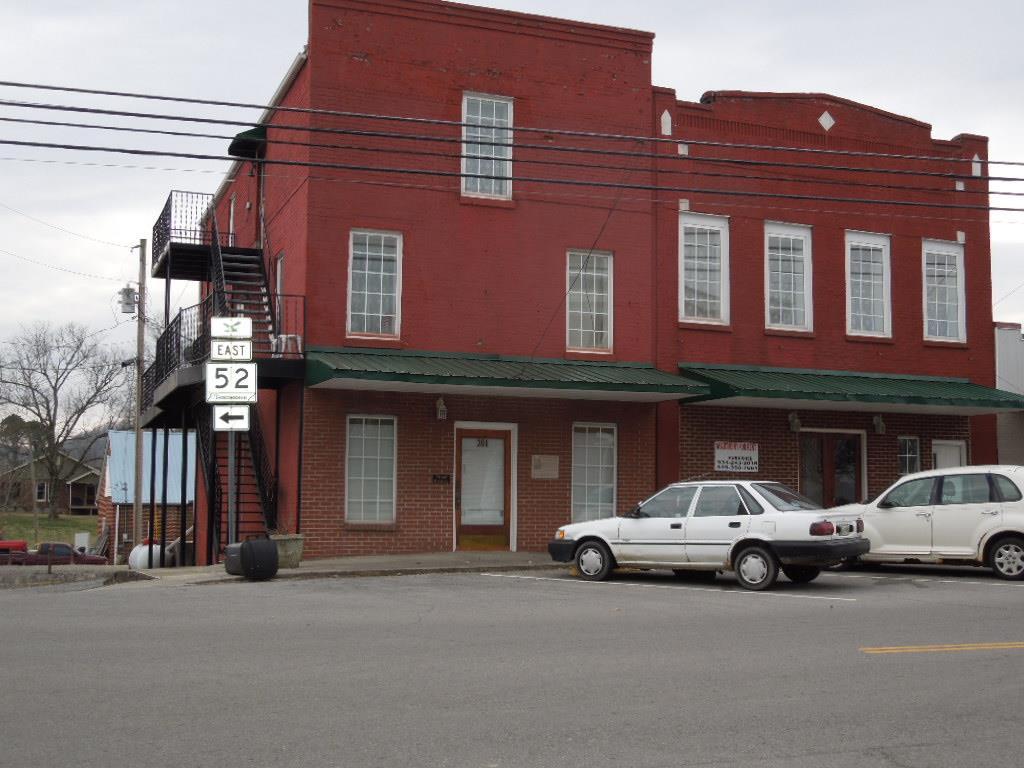201 West Lake Ave. Celina, TN 38551