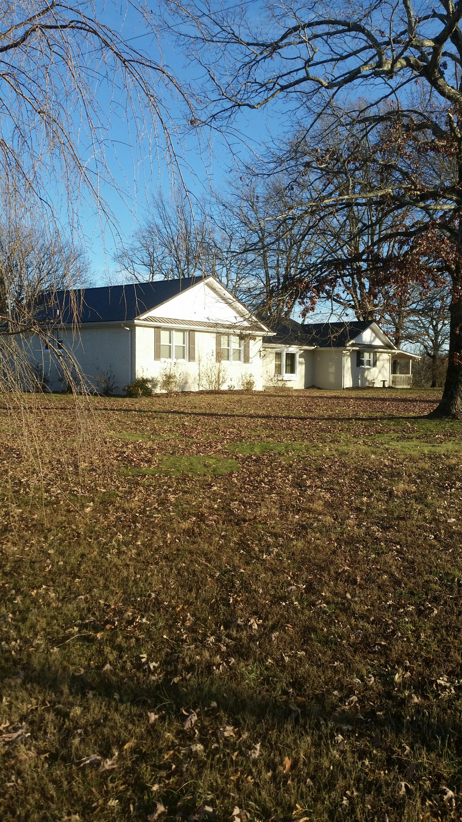 1324 Gap Road Altamont, TN 37301