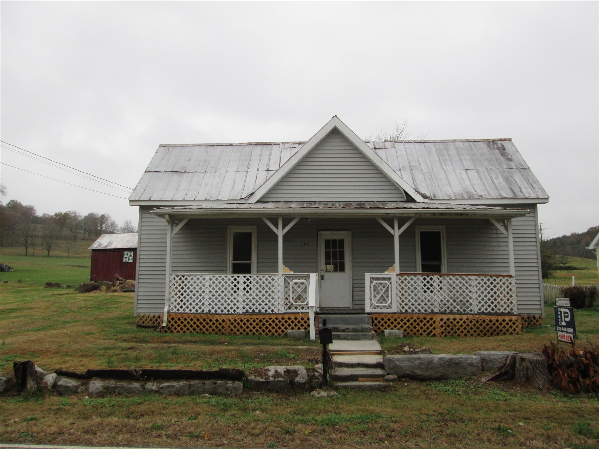 10 Sykes Rd Hickman, TN 38567