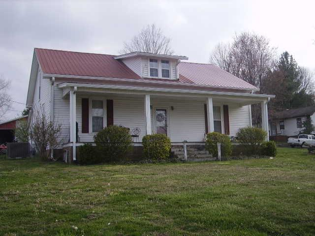 207 High St Red Boiling Springs, TN 37150