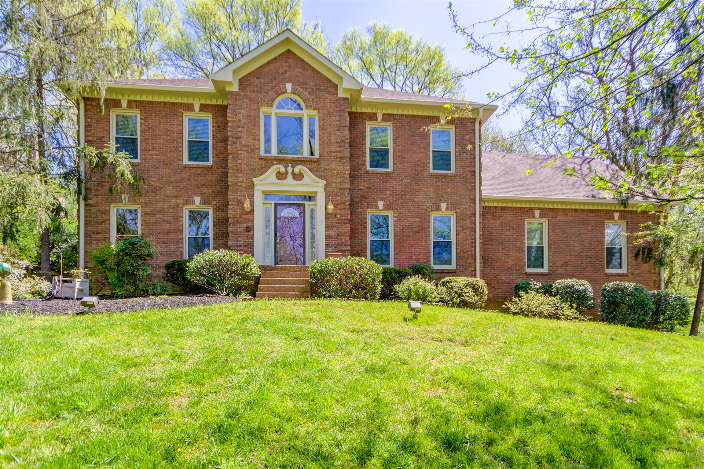 1175 Cross Creek Dr, Franklin in Williamson County County, TN 37067 Home for Sale