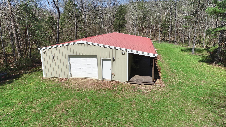 976 Bluewater Rd Centerville, TN 37033