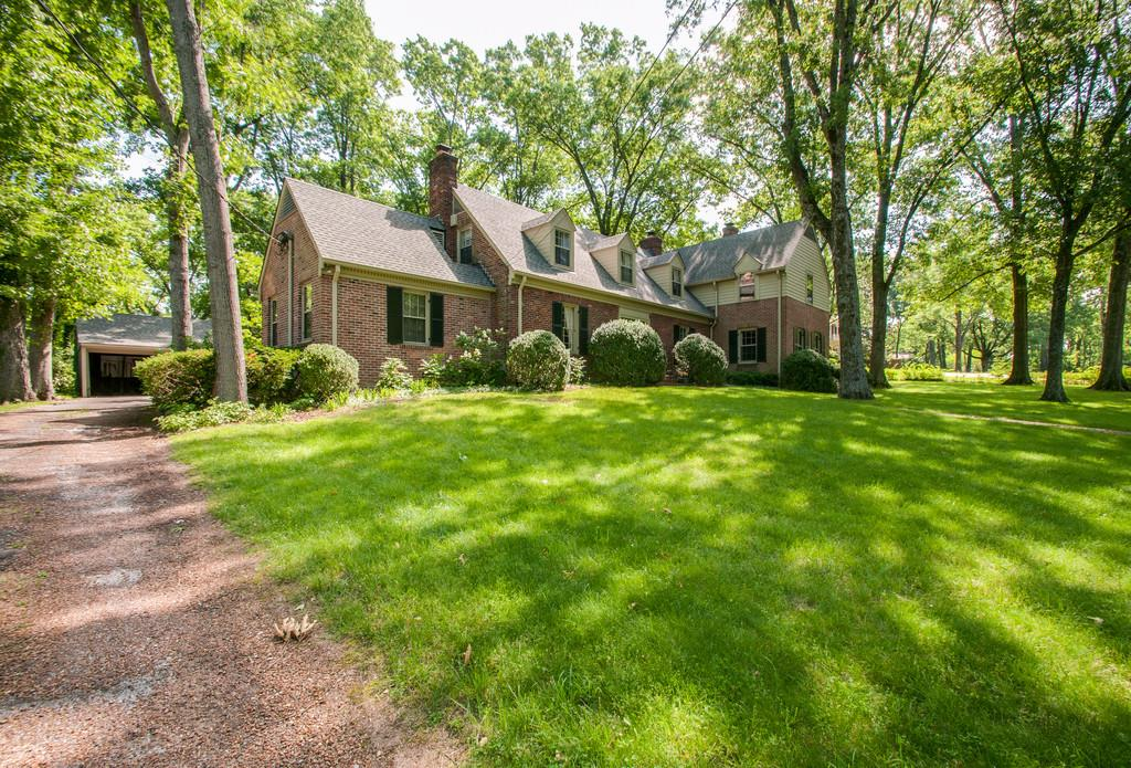 4416 Sheppard Pl, Belle Meade, Tennessee