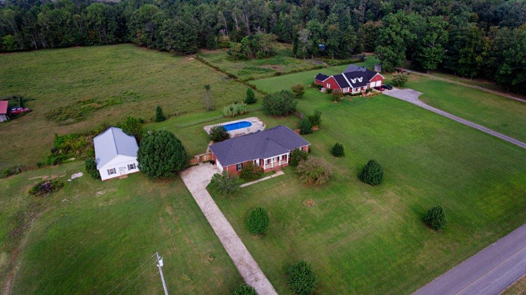 24 Henry Bayless Rd Ardmore, TN 38449