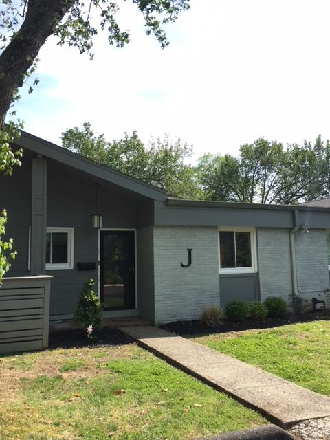 Nashville - Green Hills Homes for Sale -  Single Story,  1900 Richard Jones Rd Apt J2