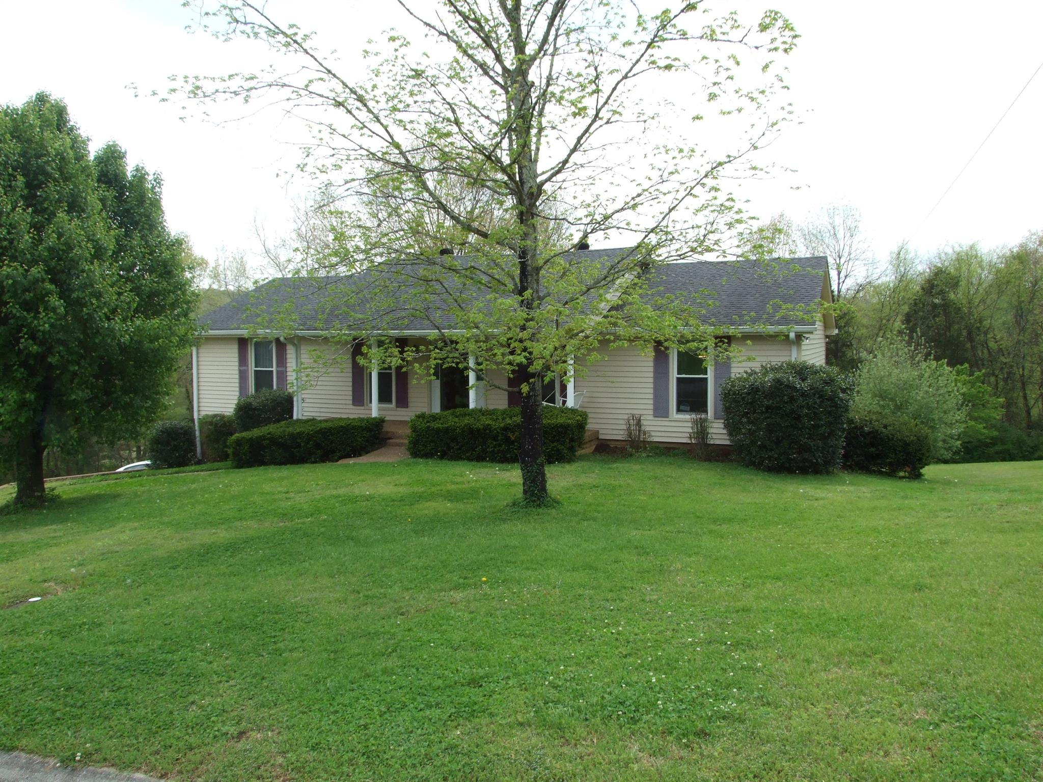 220 Charleston Dr, Goodlettsville in Davidson County County, TN 37072 Home for Sale