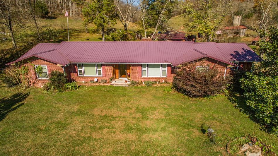 3692 Weakley Creek Rd Lawrenceburg, TN 38464