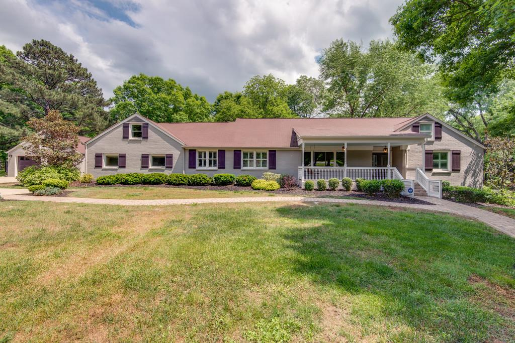 6239 Bresslyn Rd Nashville, TN 37205