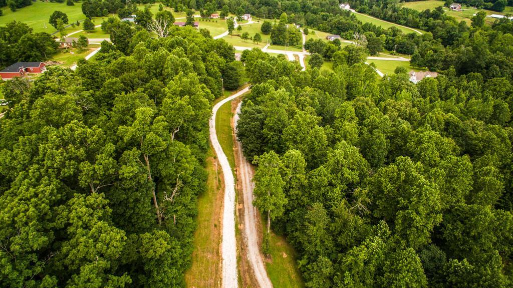 4142 Highway 48 N Charlotte, TN 37036