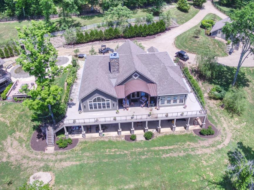 9170 Hester Beasley Rd, Bellevue, Tennessee 4 Bedroom as one of Homes & Land Real Estate