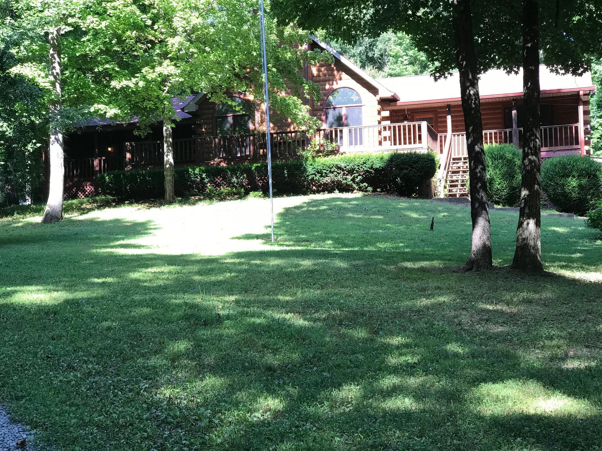 301 J L Thompson Ln, Clarksville, Tennessee