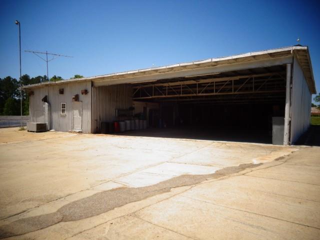 358 Holder Station Rd Quebeck, TN 38579