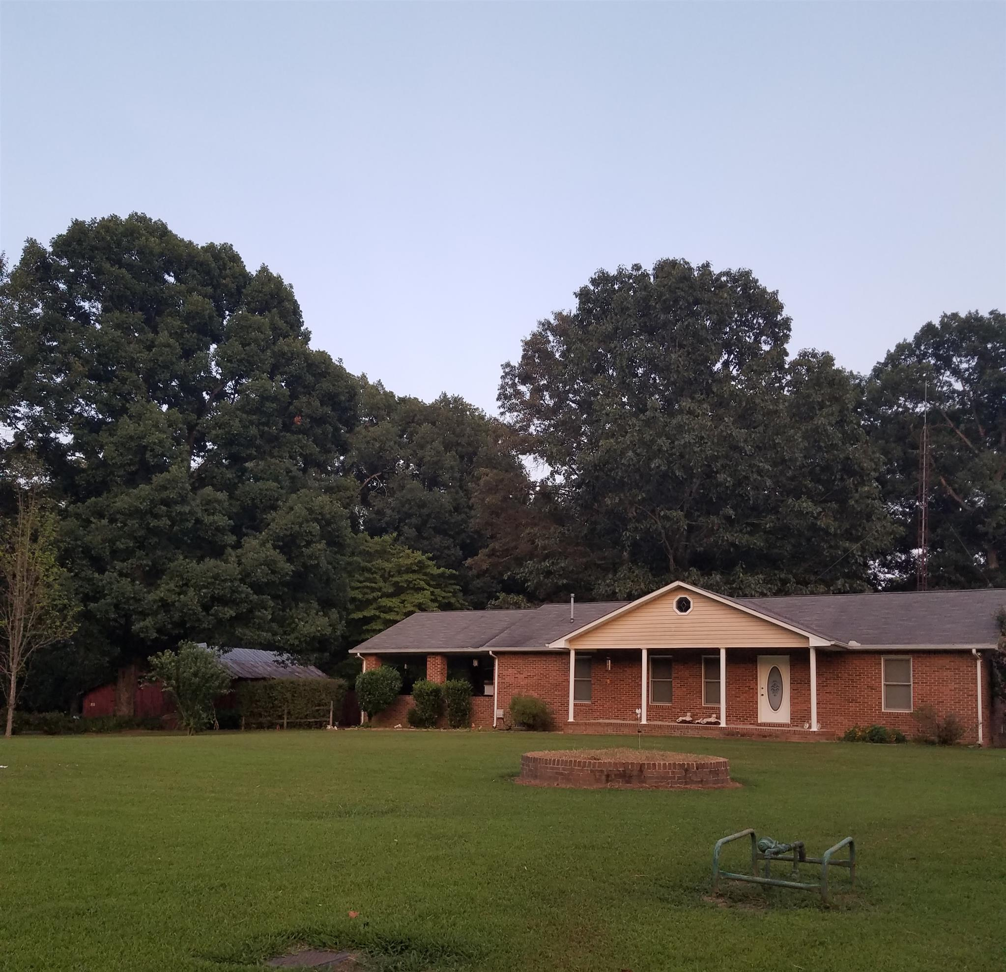 1838 McMinnville Hwy, Manchester, Tennessee