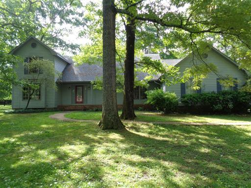 591 Cook Rd, Tullahoma, Tennessee
