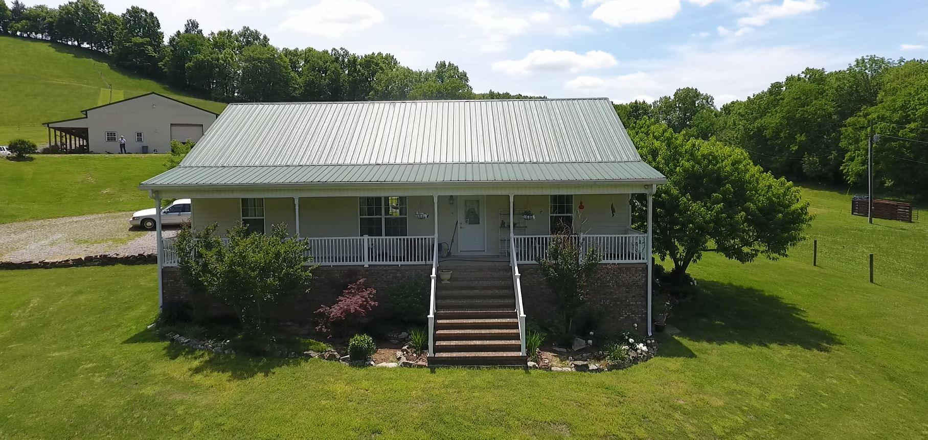 440 Red Oak Rd Petersburg, TN 37144