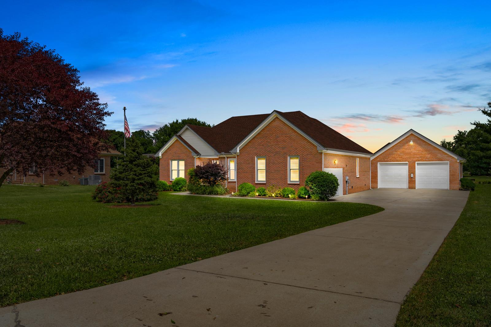 4237 Trenton Rd, Fort Campbell in Montgomery County County, TN 37040 Home for Sale