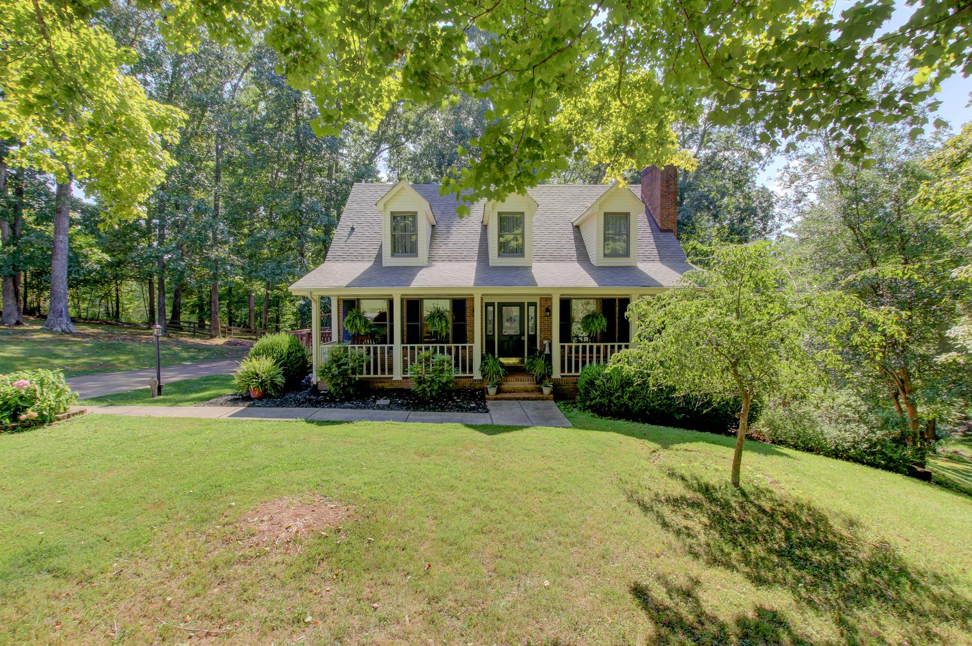 2840 Scenic Dr, Clarksville in Montgomery County County, TN 37043 Home for Sale
