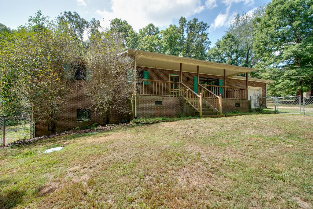 1049 Twin Pine Rd Dickson, TN 37055