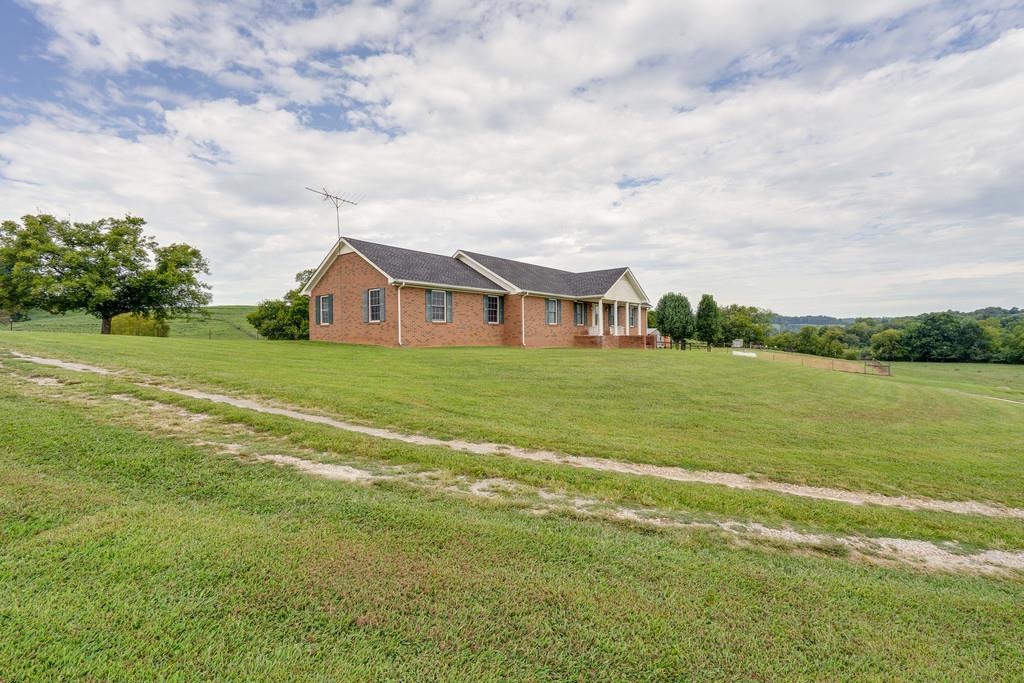 3410 Coffey Branch Rd Cornersville, TN 37047