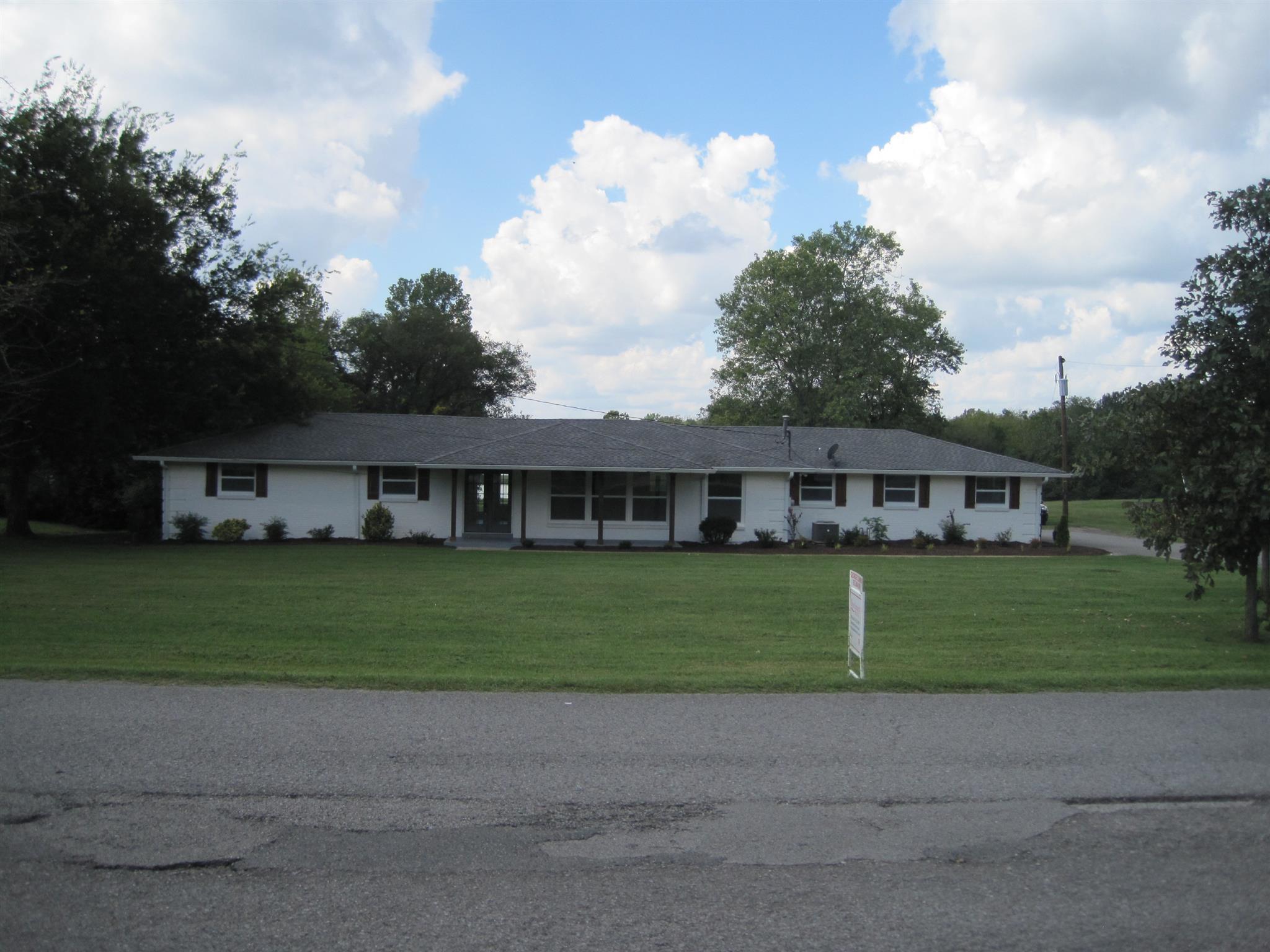 131 Cumberland Shores Dr Hendersonville, TN 37075