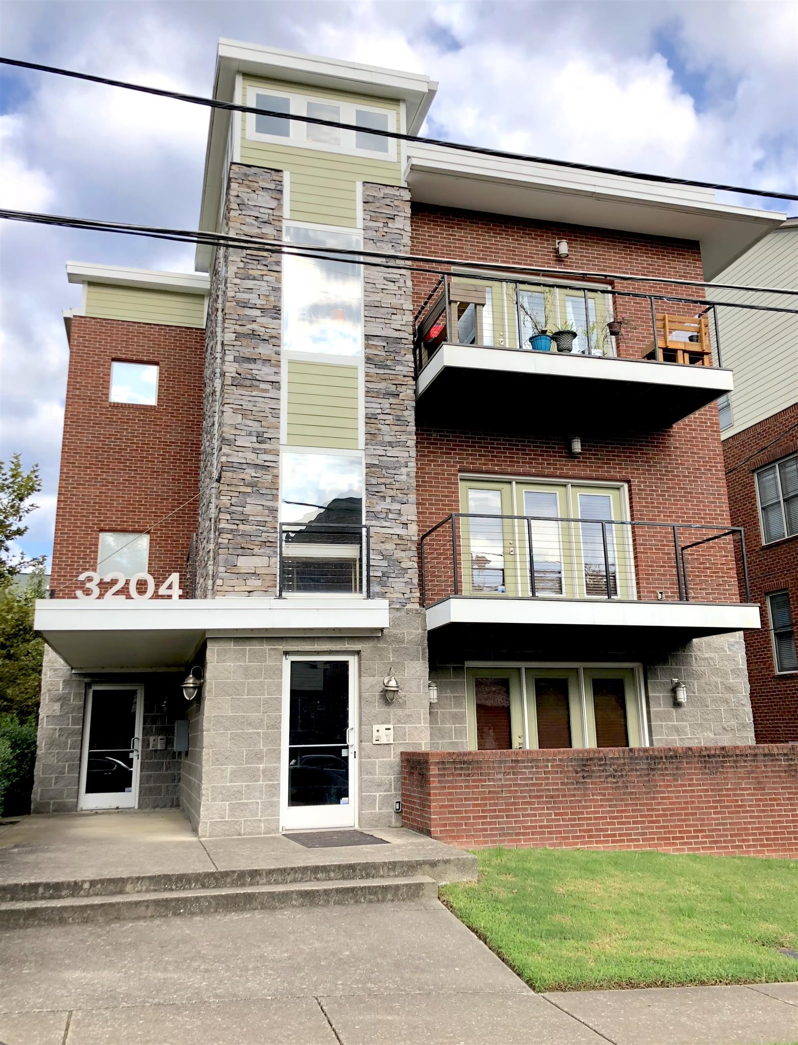 3204 Long Blvd Apt 302, Nashville - Midtown in Davidson County County, TN 37203 Home for Sale