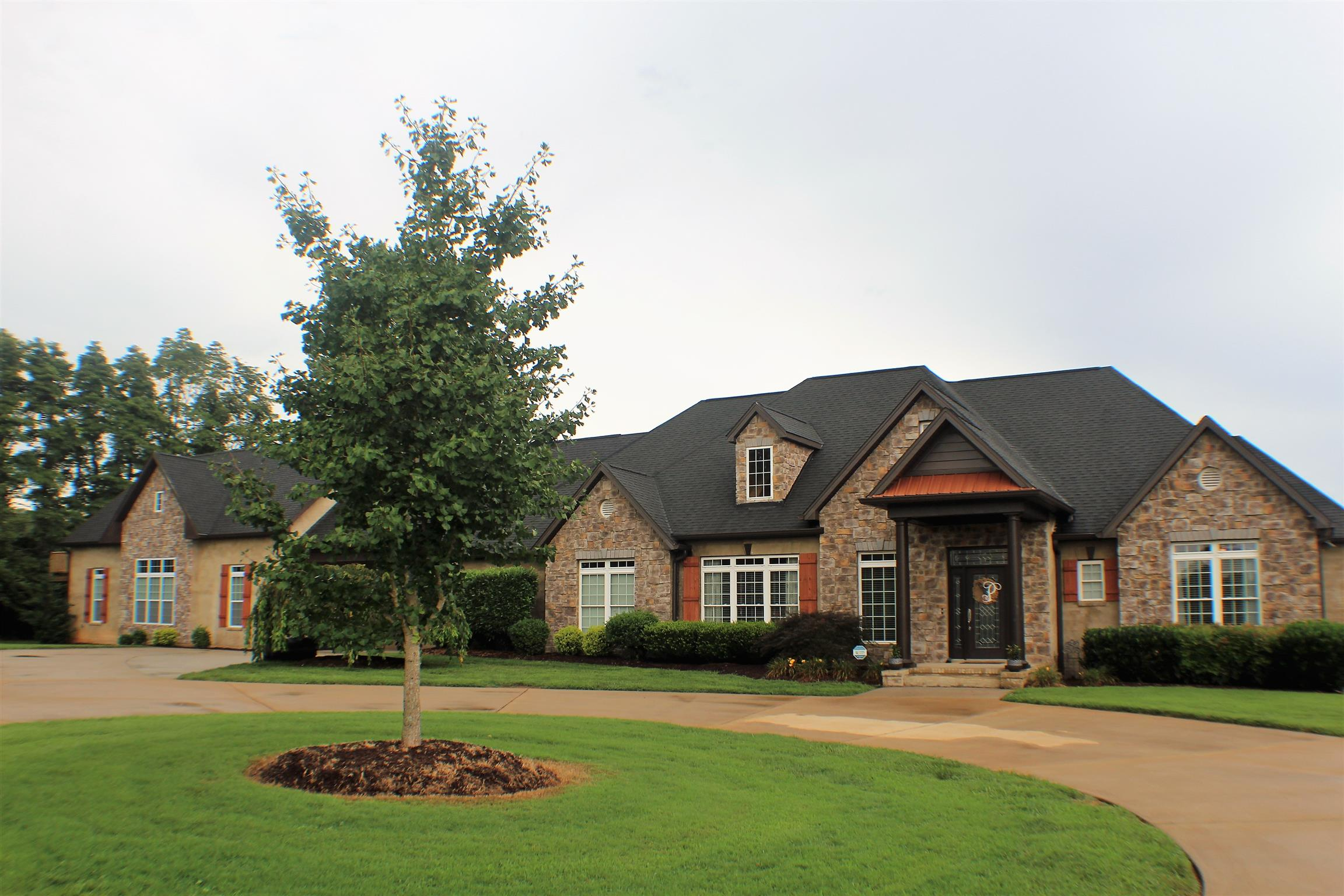 170 Southern Woods Ct Cookeville, TN 38506