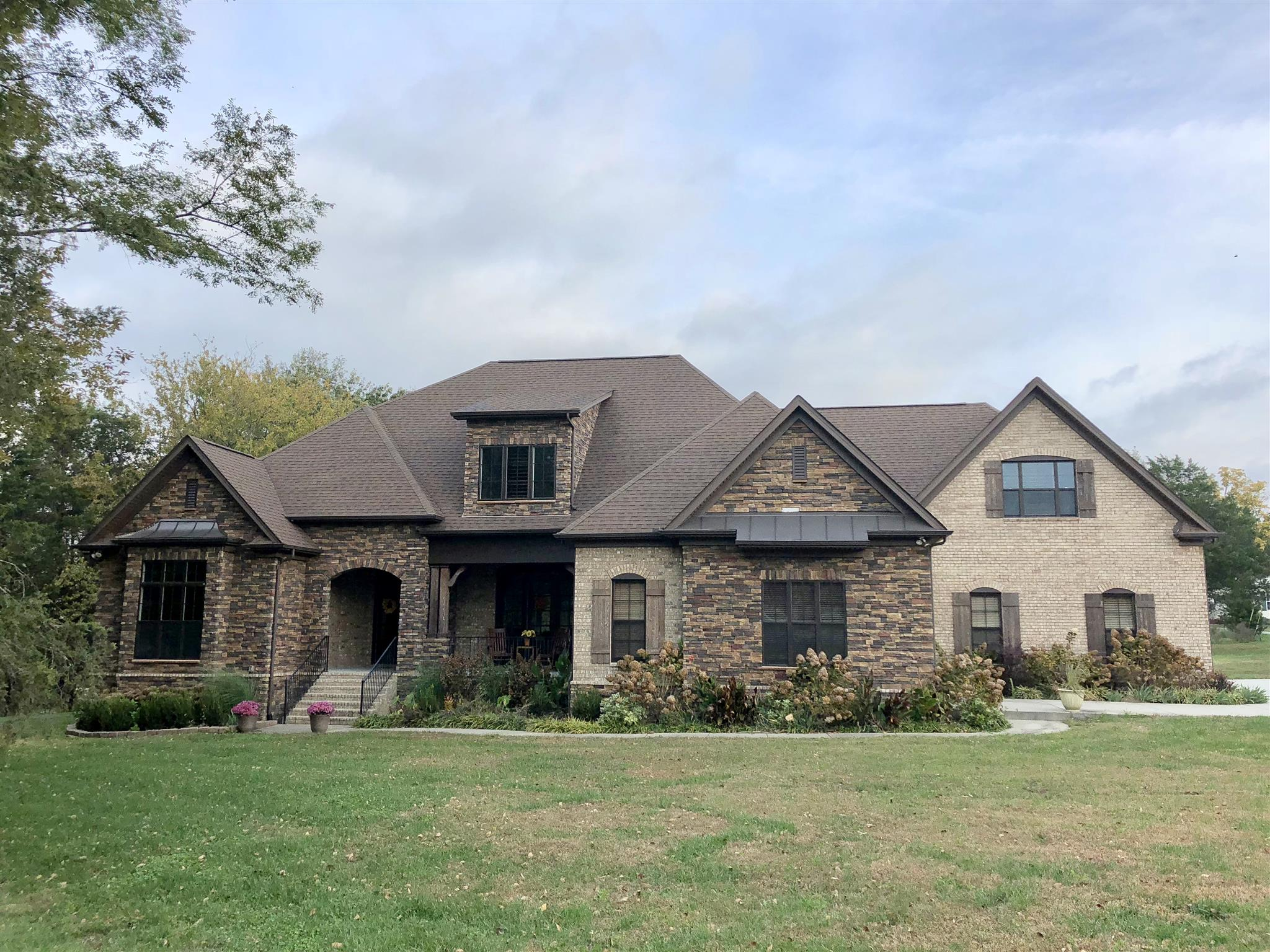 2598 York Rd, one of homes for sale in Nolensville