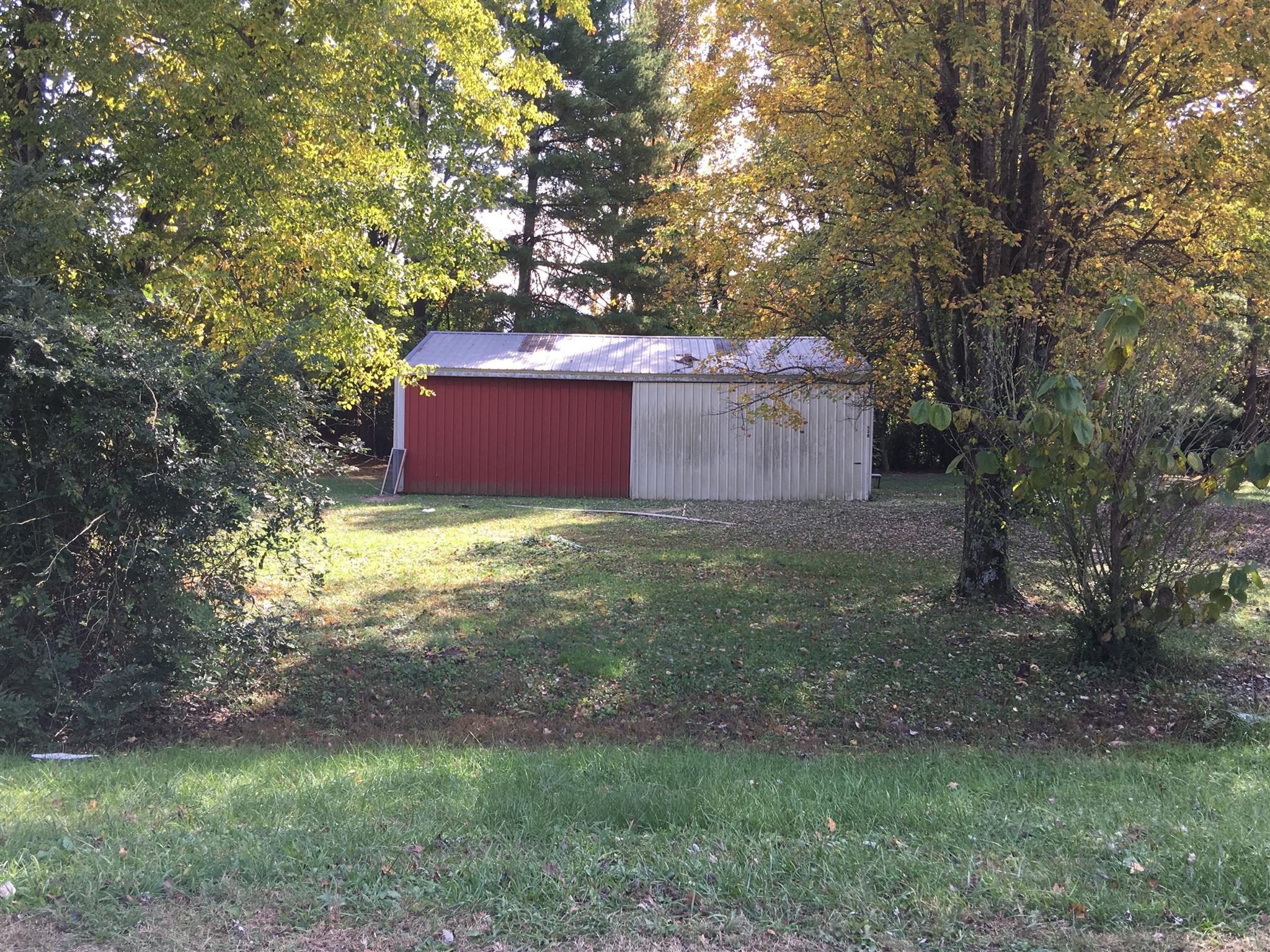 530 W Maple Street Morrison, TN 37357