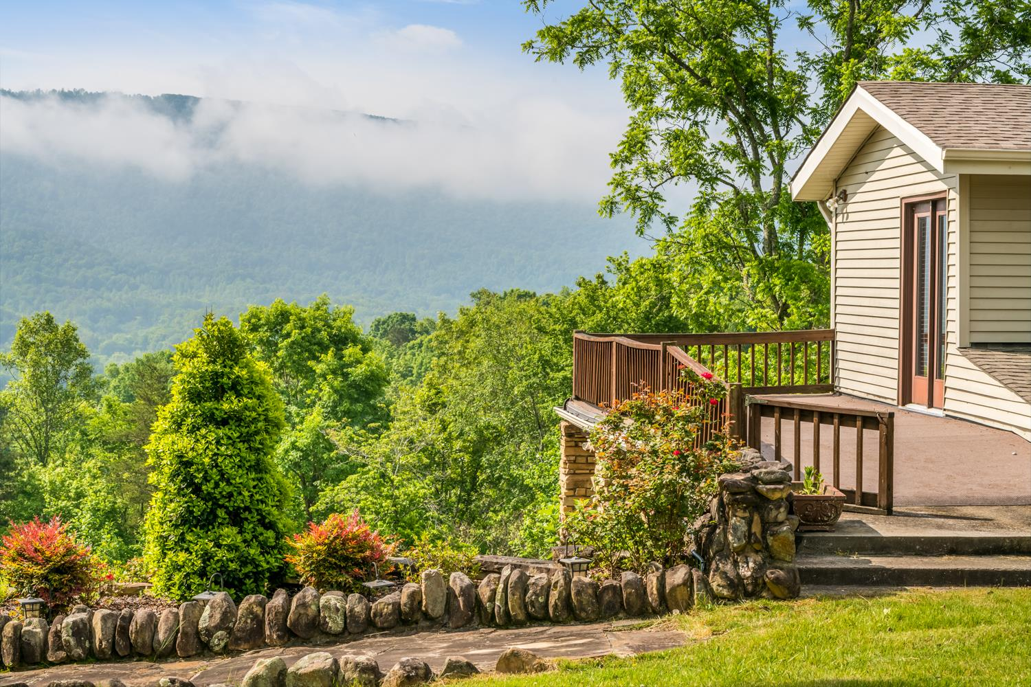 362 Daisy Dr Pikeville, TN 37367