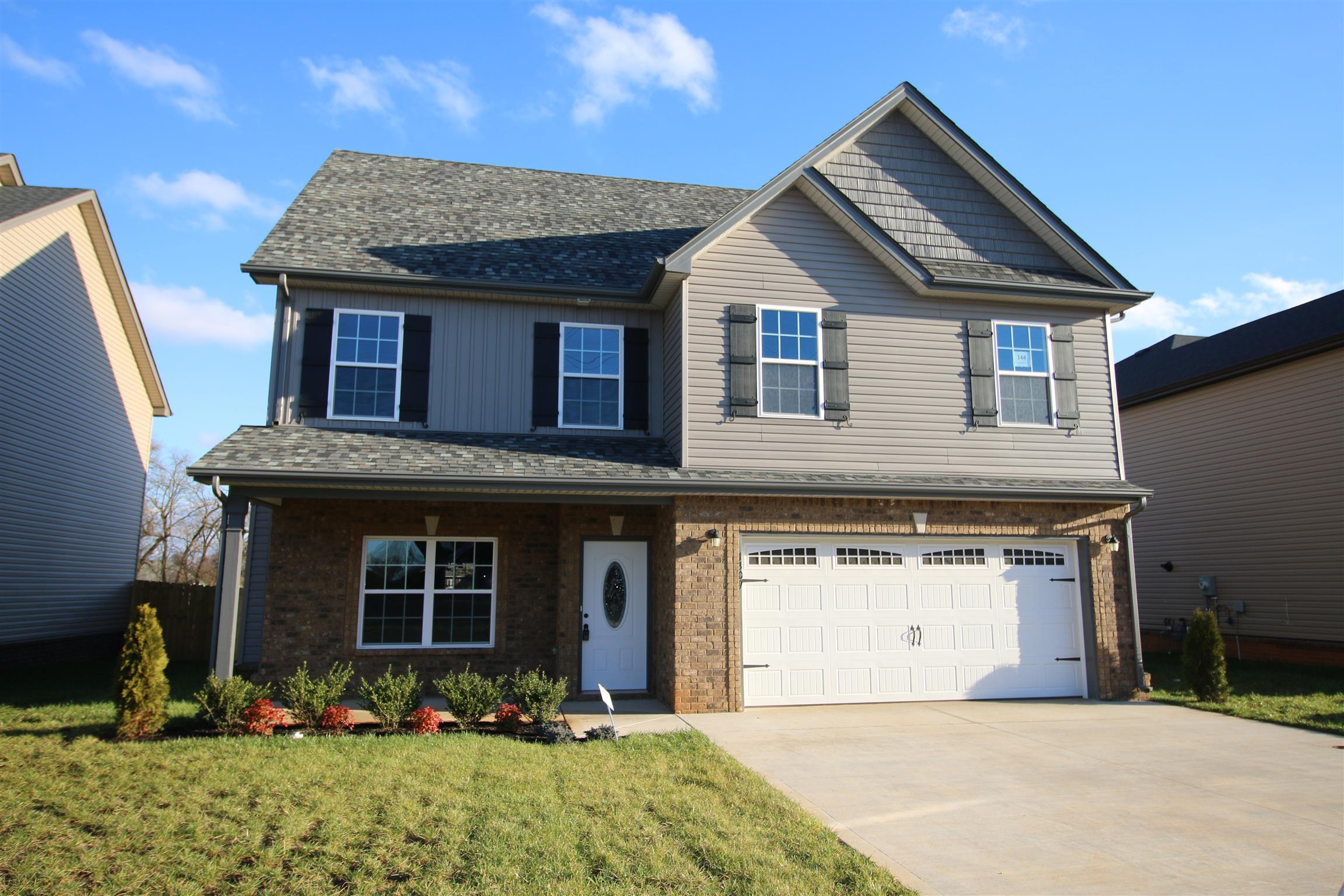 144 Summerfield, Fort Campbell in Montgomery County County, TN 37040 Home for Sale