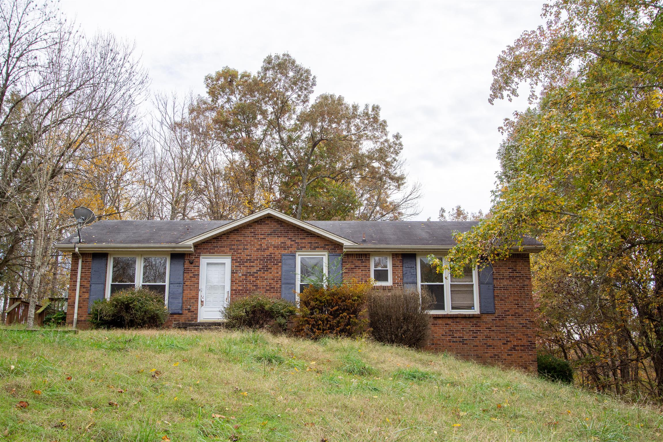 406 Corinne Cir, Fort Campbell in Montgomery County County, TN 37040 Home for Sale