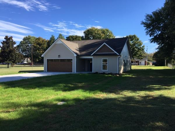10 Bond St, Fort Campbell in Montgomery County County, TN 37040 Home for Sale