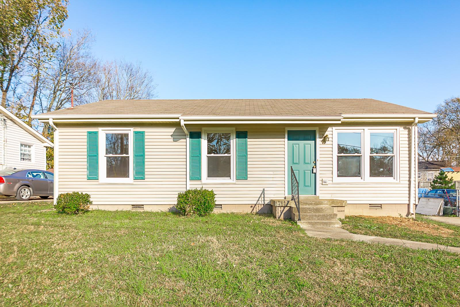 905 Lucas Ln, Fort Campbell in Montgomery County County, TN 37040 Home for Sale