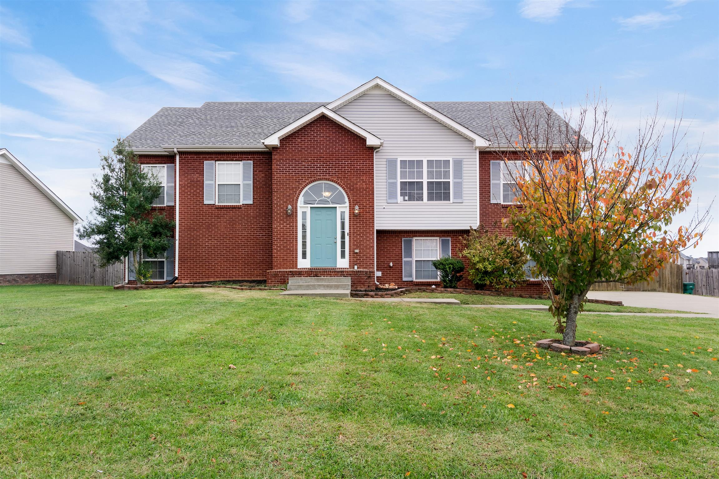 3176 Twelve Oaks Blvd, Fort Campbell, Tennessee
