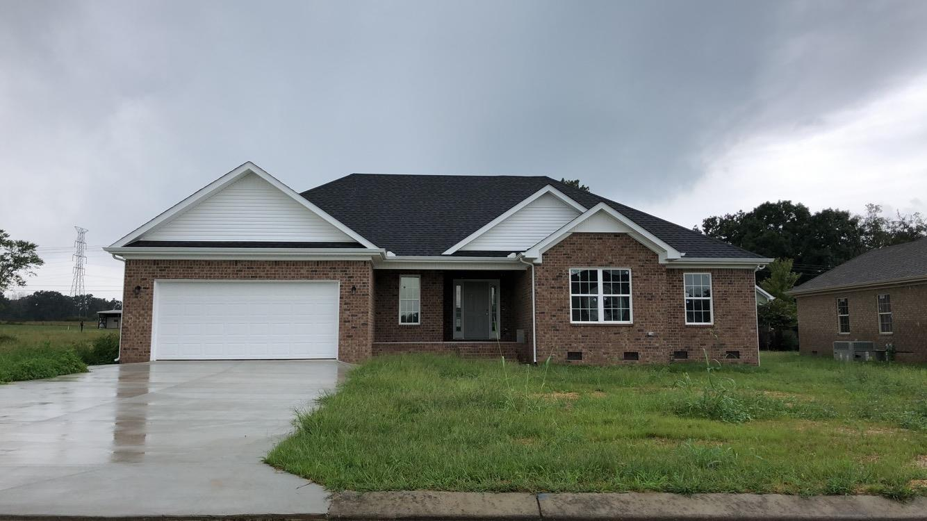165 Daffodil Dr, Tullahoma, Tennessee