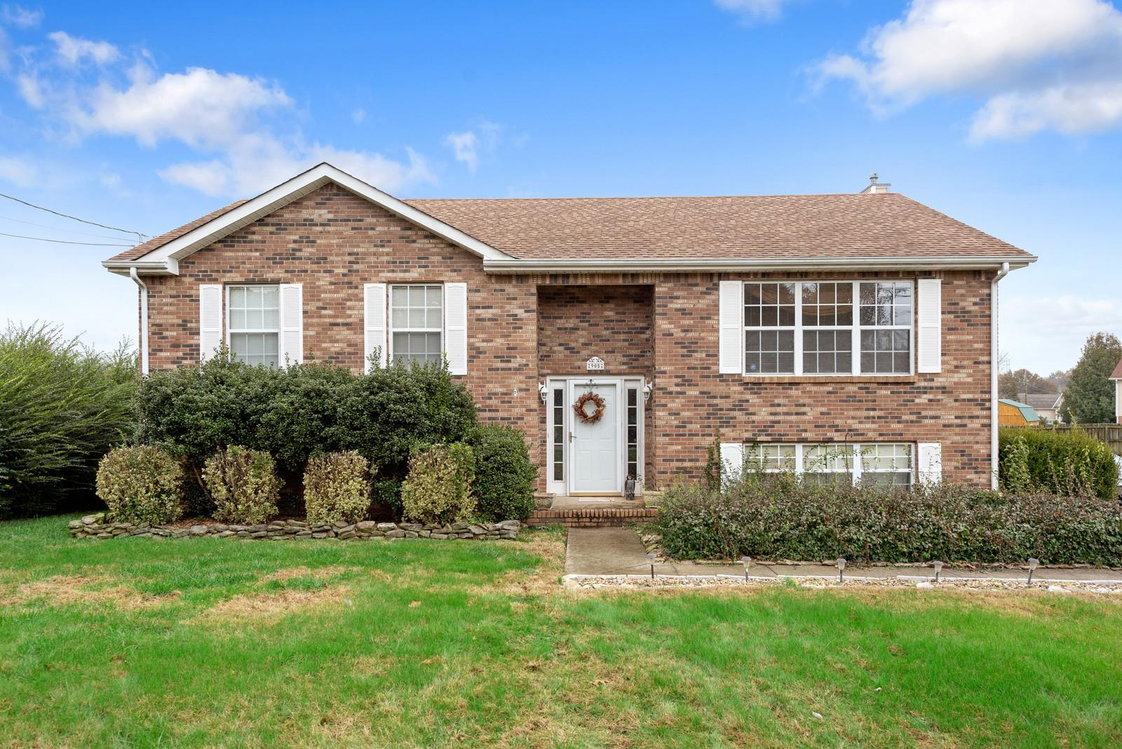 905 Dolphin Ln, Clarksville in Montgomery County County, TN 37043 Home for Sale