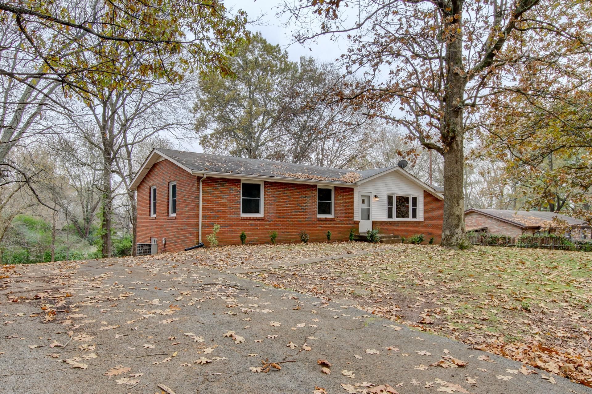 128 Stone Mountain Rd, Fort Campbell in Montgomery County County, TN 37042 Home for Sale
