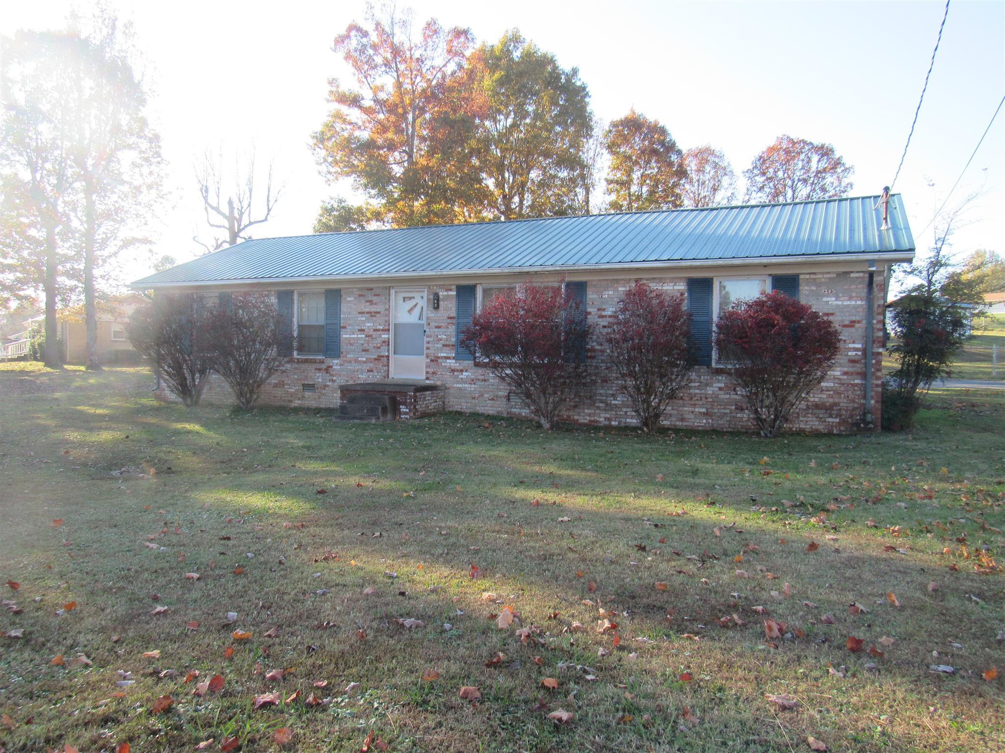 371 Leader Dr New Johnsonville, TN 37134