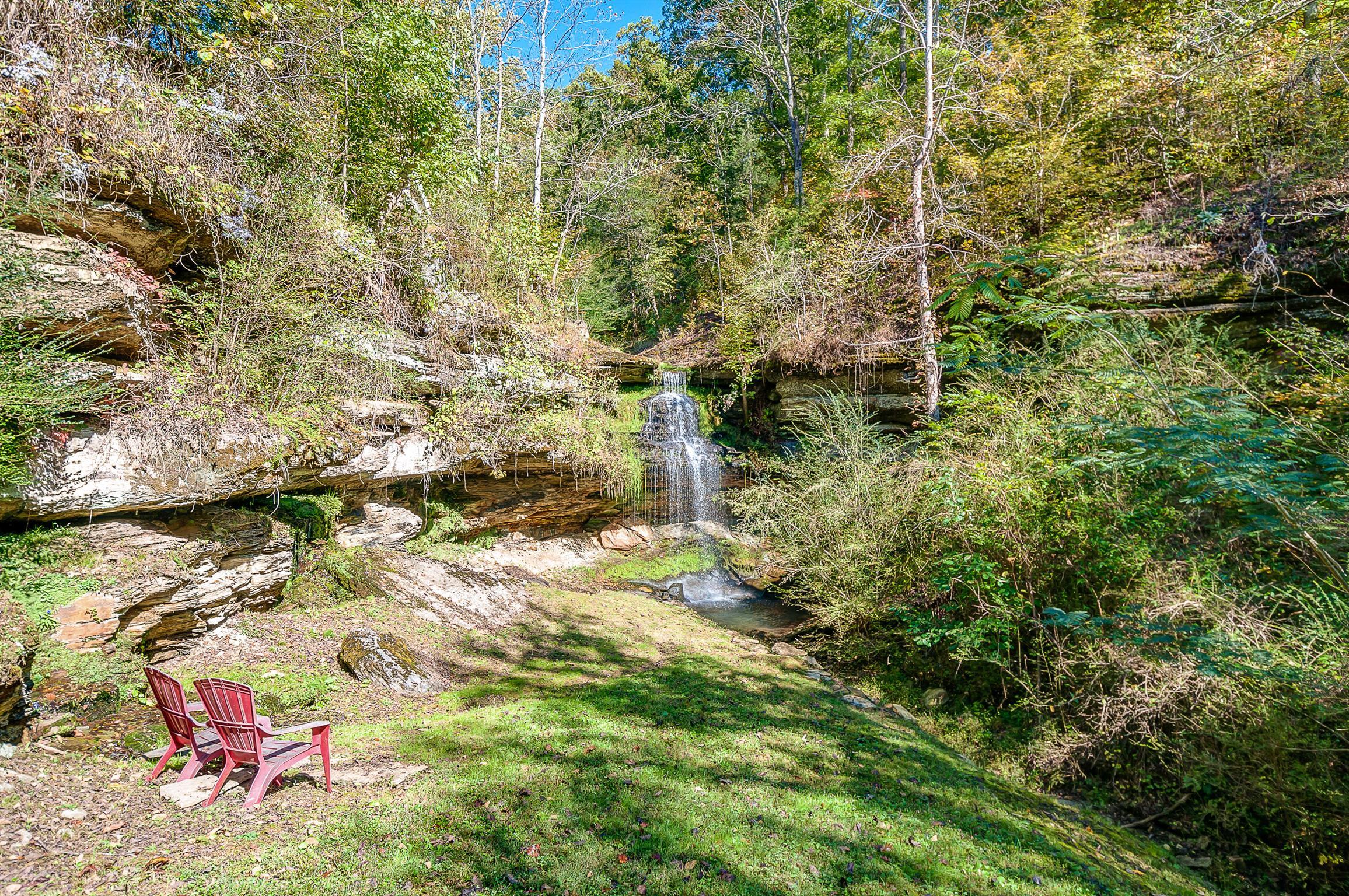 325 Hickman Springs Rd Centerville, TN 37033