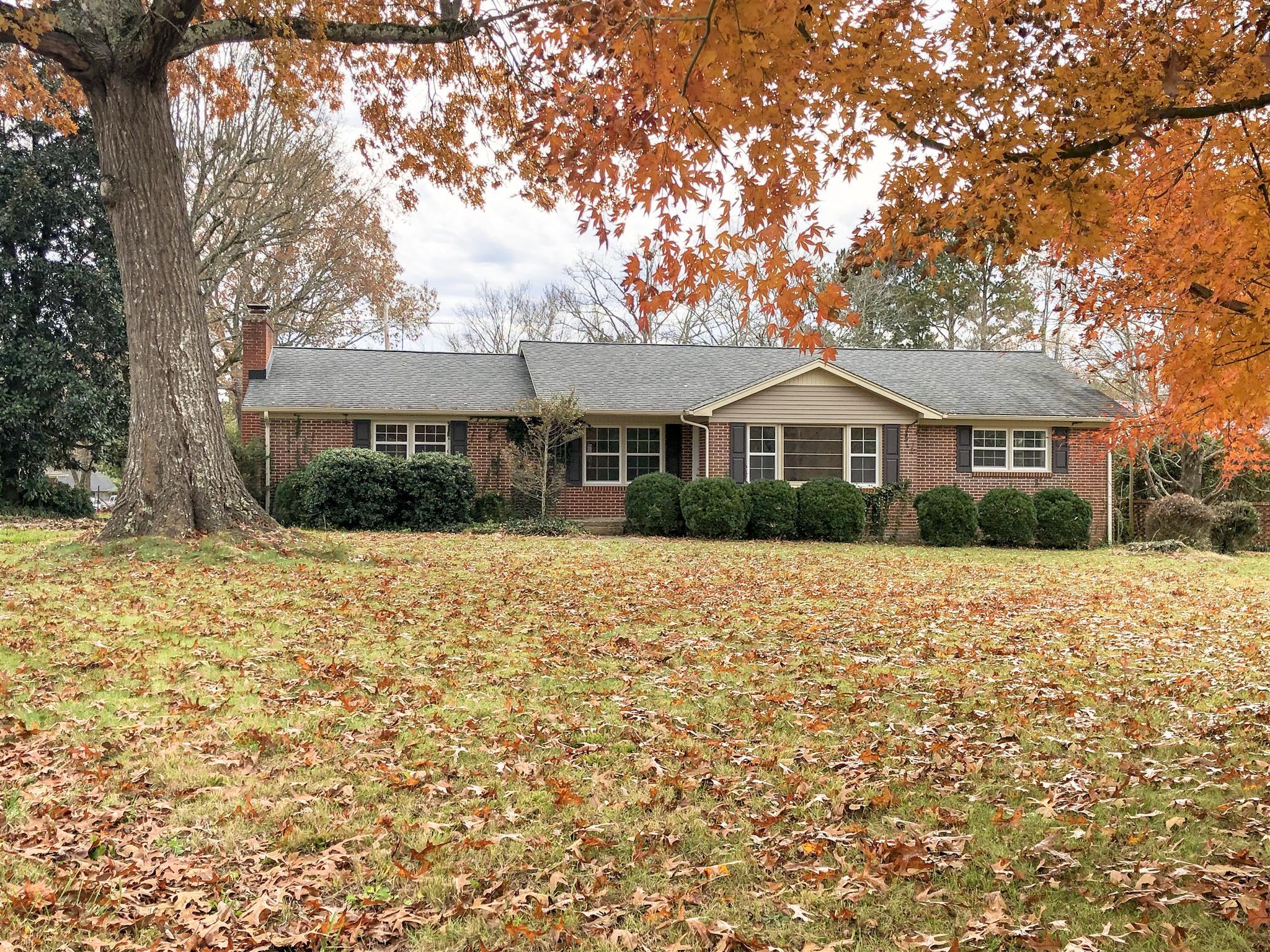 1301 Woodland St, Tullahoma, Tennessee