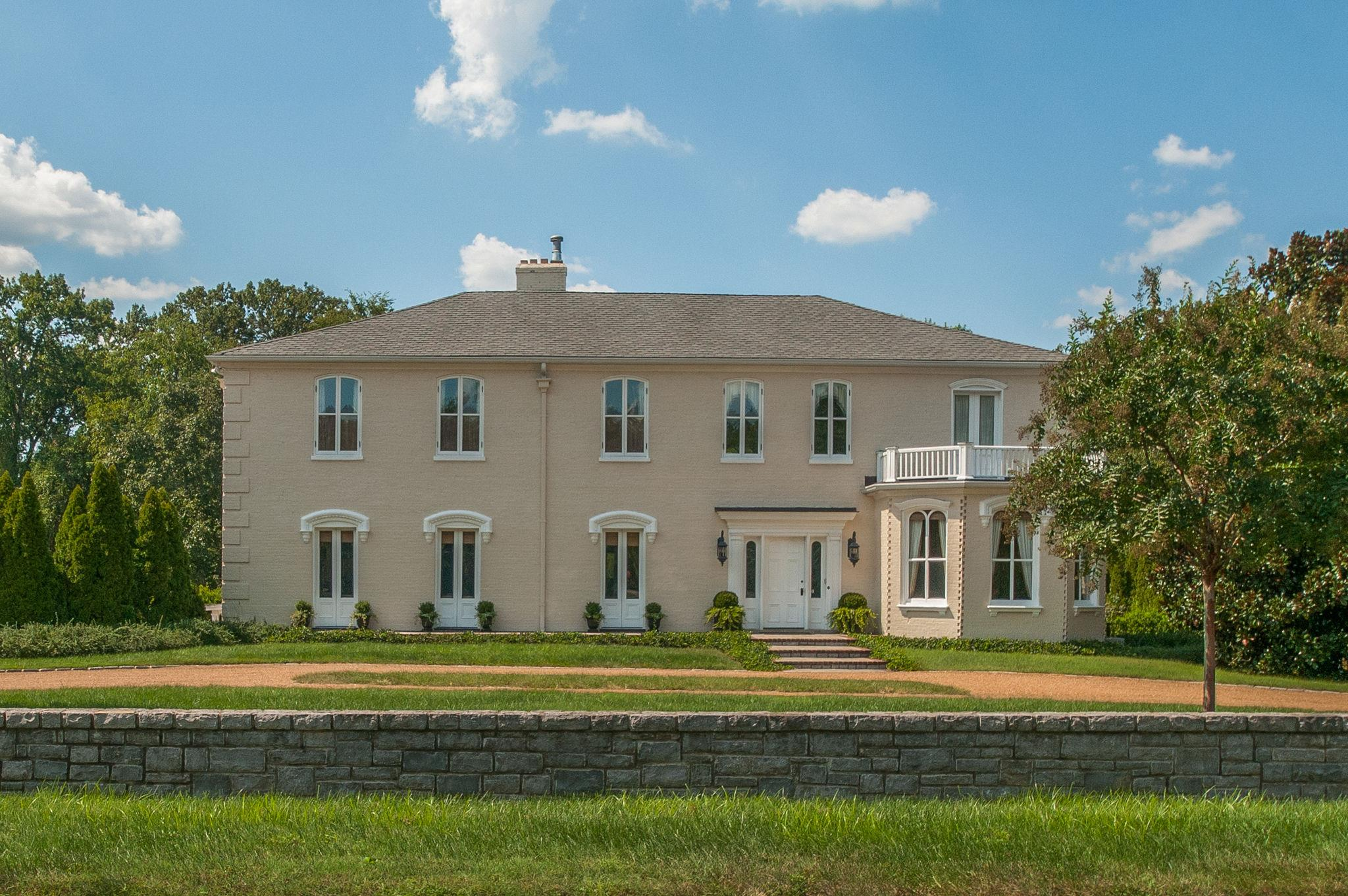 609 Belle Meade Blvd, one of homes for sale in Belle Meade