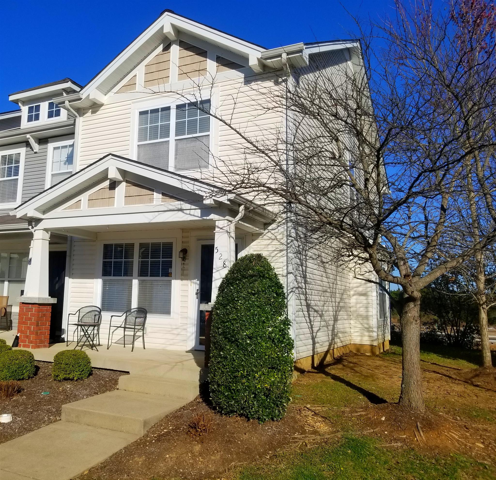 528 Bradburn Village Cir, Nashville-Antioch in Davidson County County, TN 37013 Home for Sale