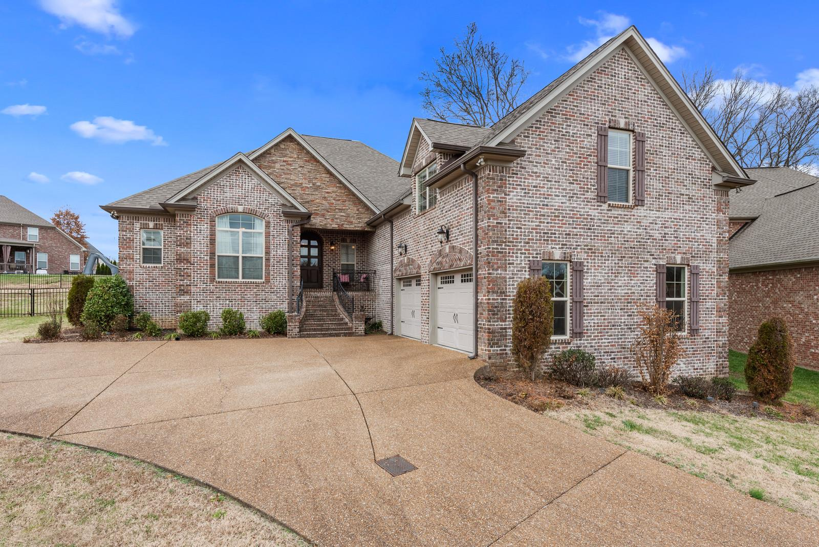 1005 Carlyle Ct Hendersonville, TN 37075