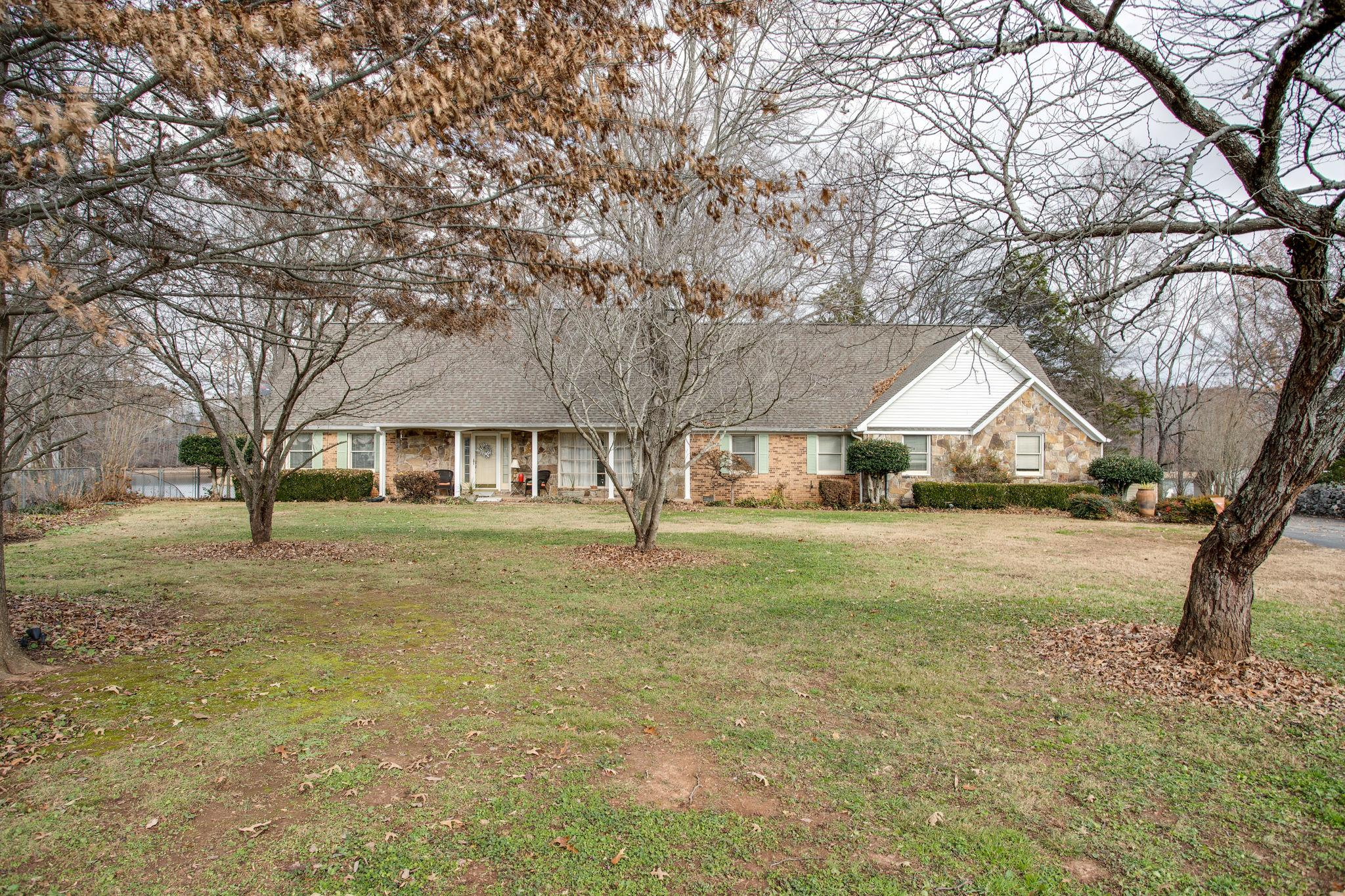 1480 Dripping Springs Rd Winchester, TN 37398