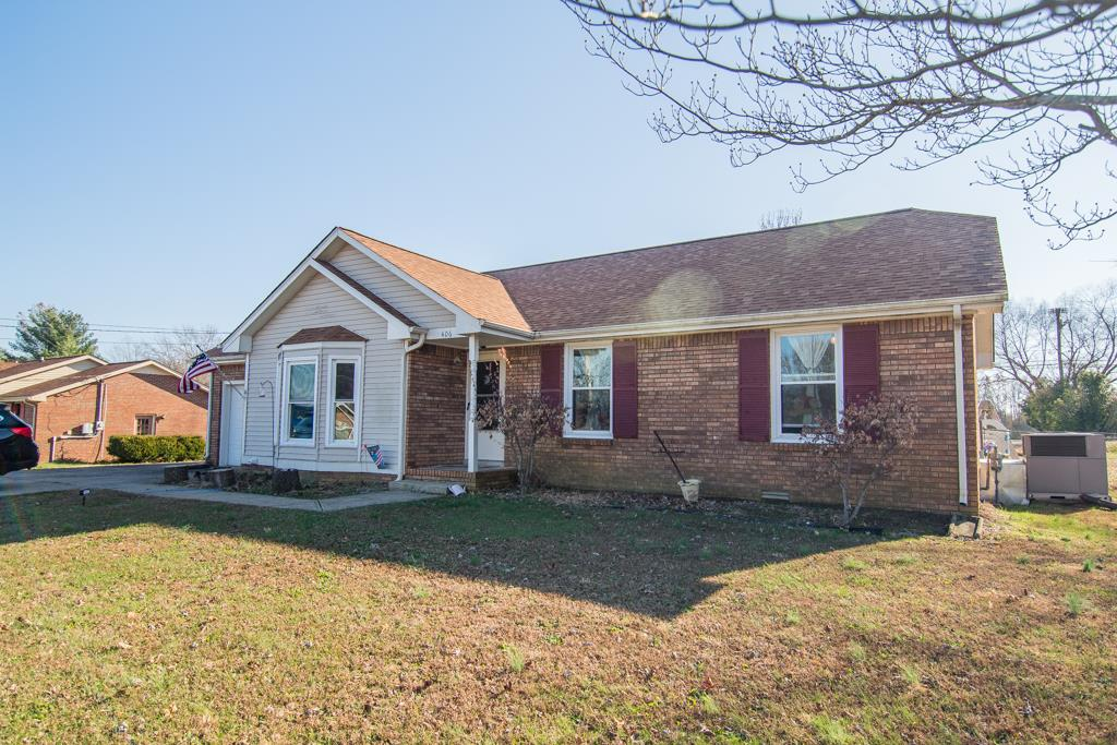 406 Manorstone Ln, Fort Campbell in Montgomery County County, TN 37042 Home for Sale