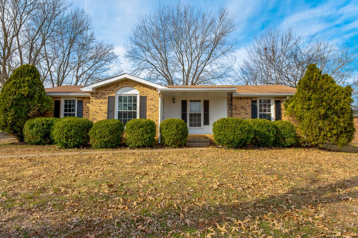 512 Morrison Dr, Fort Campbell in Montgomery County County, TN 37040 Home for Sale