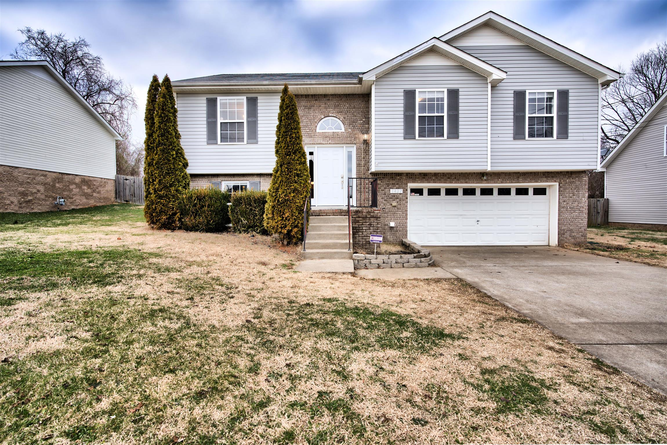 1427 Addison Dr, Fort Campbell in Montgomery County County, TN 37042 Home for Sale